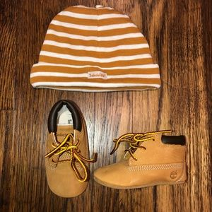 Baby boy timberland boots size 2 with matching hat